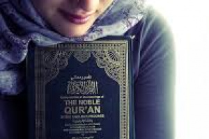 MUSUH ISLAM IRI KARENA WANITA MUSLIMAH BEGITU MULIA DI DALAM ISLAM