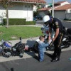 UANG DAMAI SAAT RAZIA POLISI LALU LINTAS DAN MENYAMBUNG KEMBALI TANGAN PENCURI