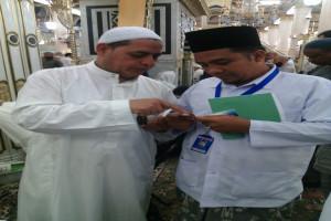 SYAIKH IZZUDDIN BIN ABDUS SALAM 'MENEMUKAN HIKMAH DI BALIK MUSIBAH COVID-19'
